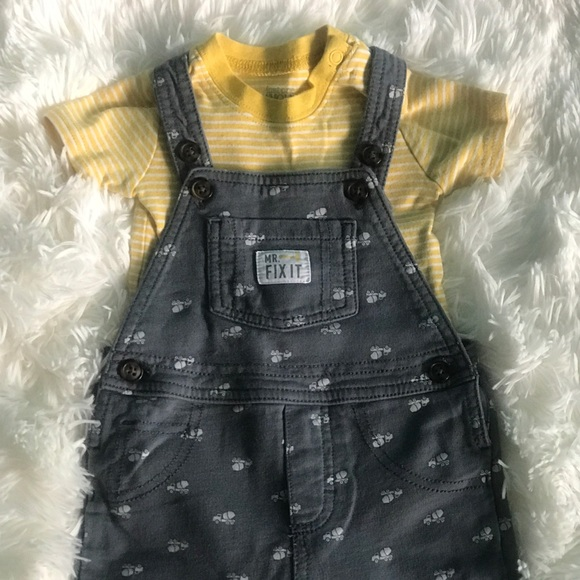 Carter/'s Just One You 9 months Mr Irresistible Red//Gray Set 2-pc set NWT